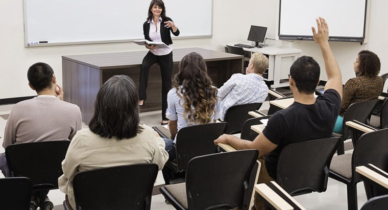 What Are Some Government-Funded Courses in the U.S.?