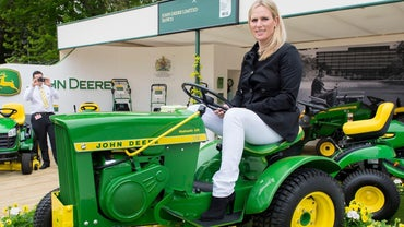 What Is the Typical Price of John Deere Lawn Mowers?