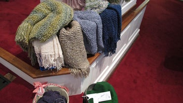 What Are Instructions for Crocheting a Prayer Shawl?