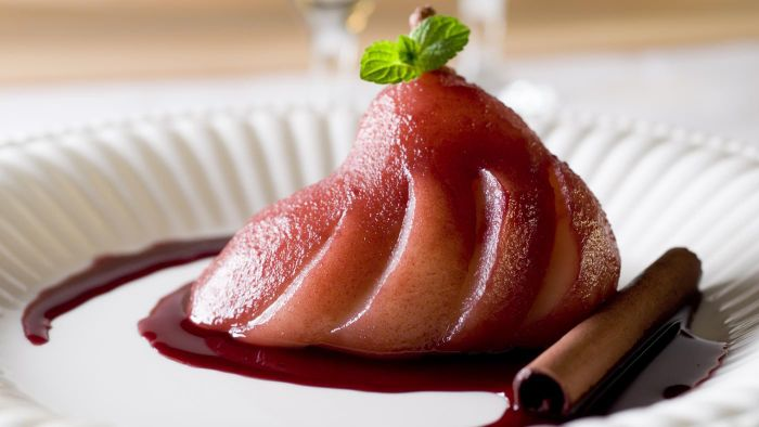 What is a simple poached pear recipe?