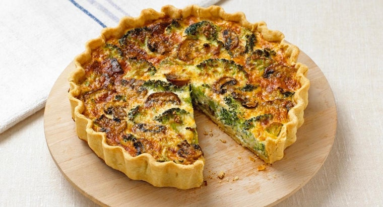What Is an Easy Zucchini Quiche Recipe?