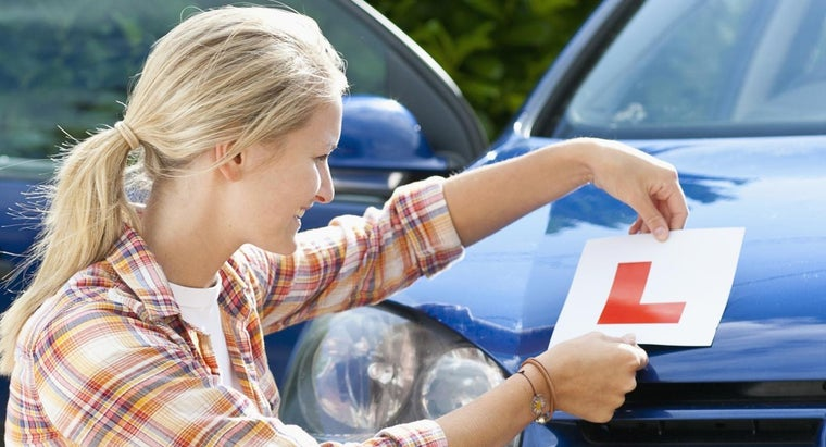 What Are Some Tips in a Learner's Permit Handbook?