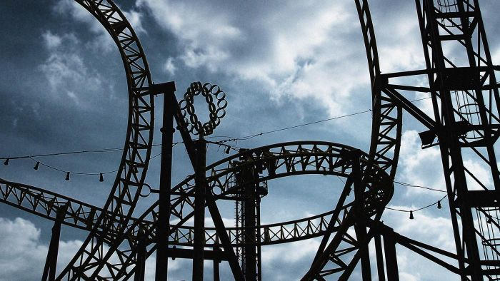 What Are Some Roller Coaster Builder Games?