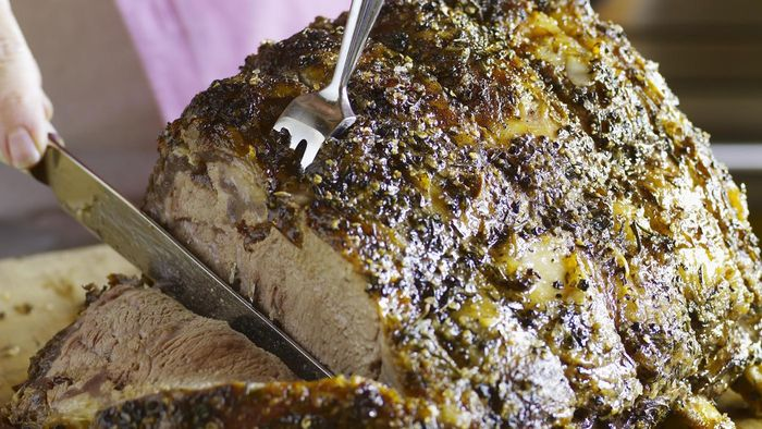 How Do You Slow Cook Prime Rib?