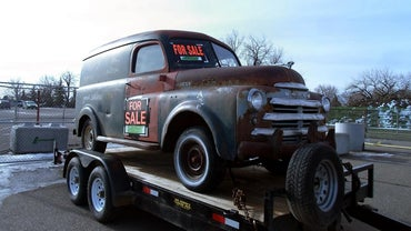 How Do You Sell a Pickup Truck on EBay?
