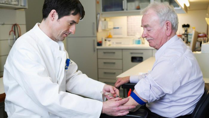 What Are Some Blood Tests for Kidney Disease?