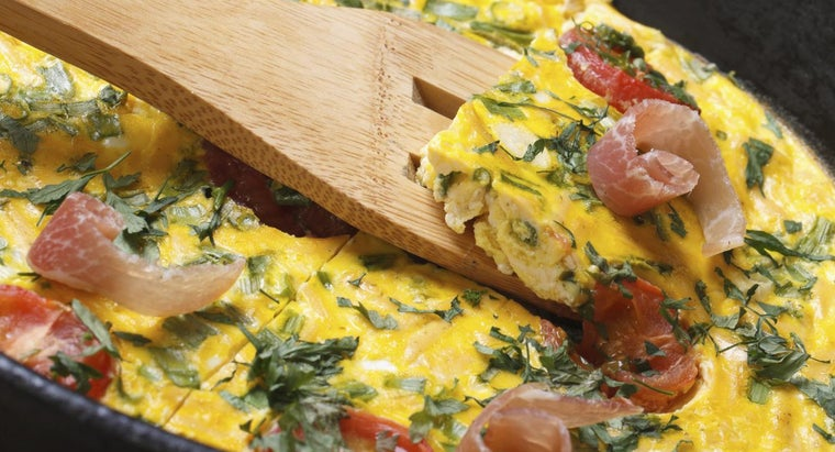 What Is a Recipe for an Easy Make-Ahead Breakfast Casserole?