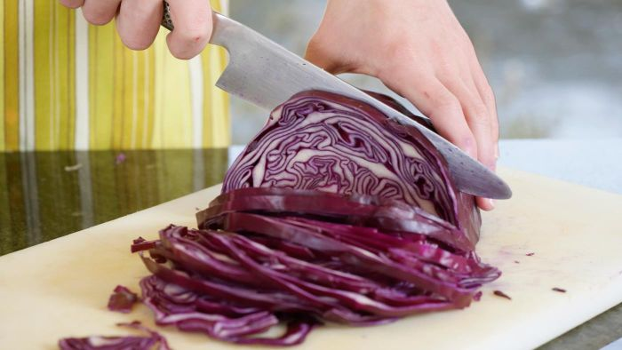 What Are Some Recipes Using Red Cabbage?