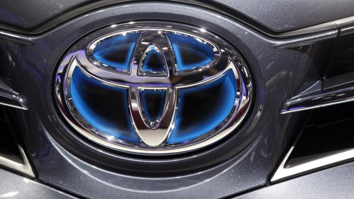 How do you find the transmission on a Toyota car?