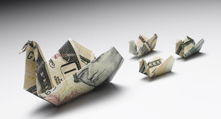 What Are Some Creative Ways to Fold Money?
