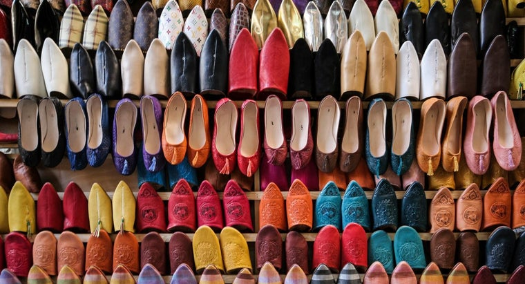 Where Can You Convert UK Shoe Sizes to US Shoe Sizes?