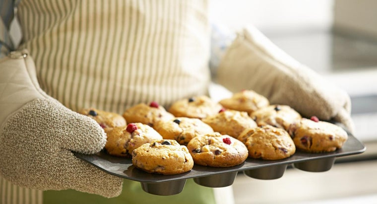 What Is a Recipe for Breakfast Muffins?