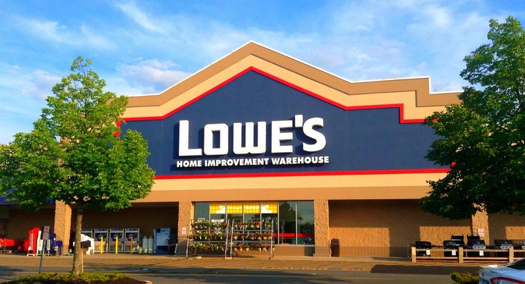 How Do You Open a Lowe's Credit Account?
