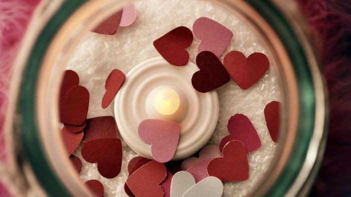 Where can you find a gallery of images of Valentine hearts?