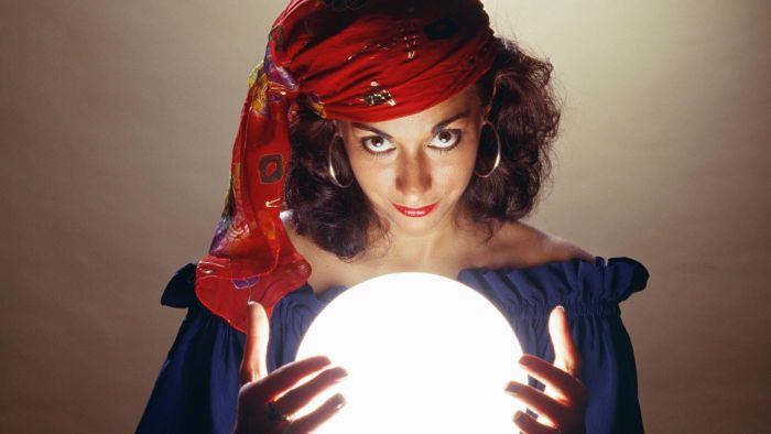 Who Are Some Well-Known Phone Psychics?