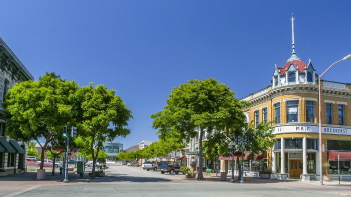 How Do You Find Homes for Rent in Salinas, California?