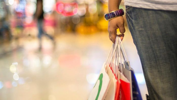 What Stores Are in a Tanger Outlet Mall?