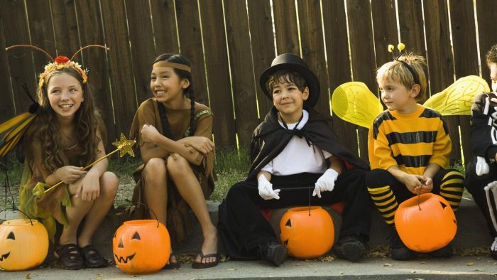 What Time Does Trick-or-Treating Start in Pennsylvania?