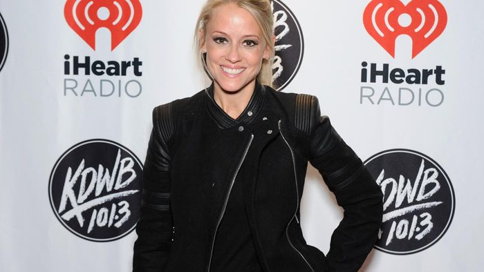 What Is Nicole Curtis Known For?