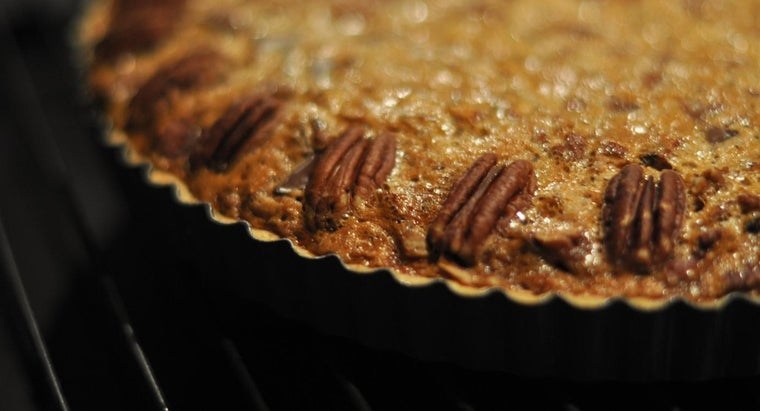 What Is a Good Basic Pecan Pie Recipe?