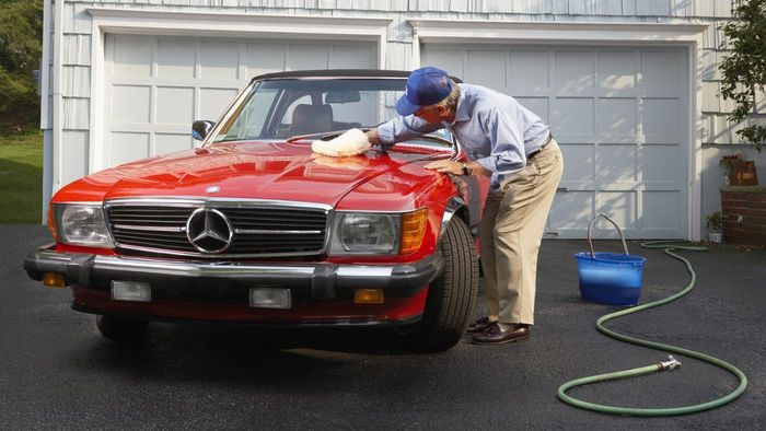 What Kind of Coolant Can You Use for a Mercedes-Benz?