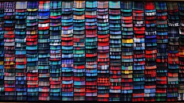 What Are Some Common Family Tartan Patterns From Scotland?