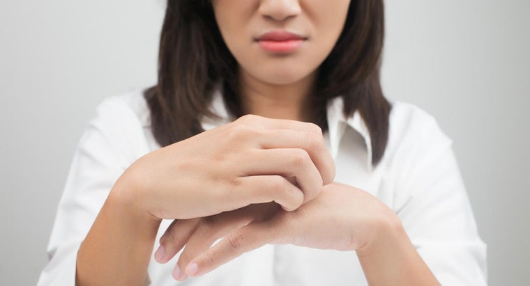 Where Can You Find Pictures to Identify a Skin Irritation?