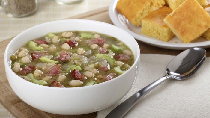 What Is a Good Ham and Bean Soup Recipe?