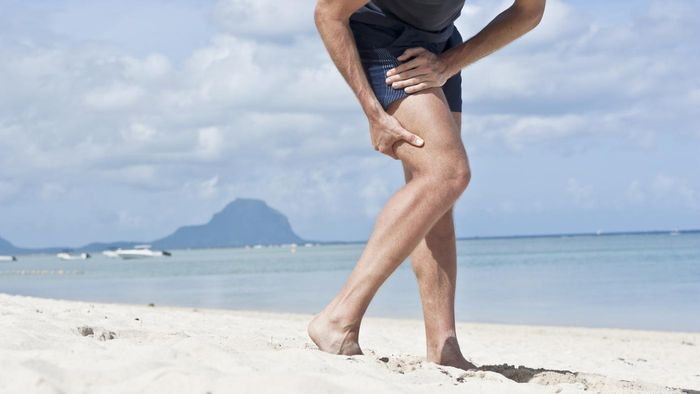 What are some causes of thigh muscle pain?