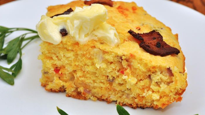 What Is an Easy-to-Follow Cornbread Recipe?