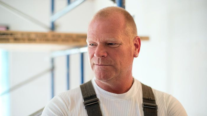 Who Is Mike Holmes?