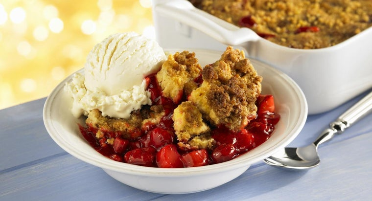 What Is an Easy Cobbler Recipe Using Bisquick?