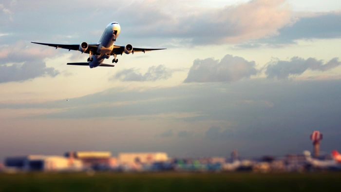 What Are Some Hotels Near Heathrow Airport?