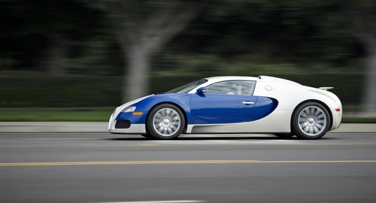 Who Manufacturers Bugatti Veyron Cars?
