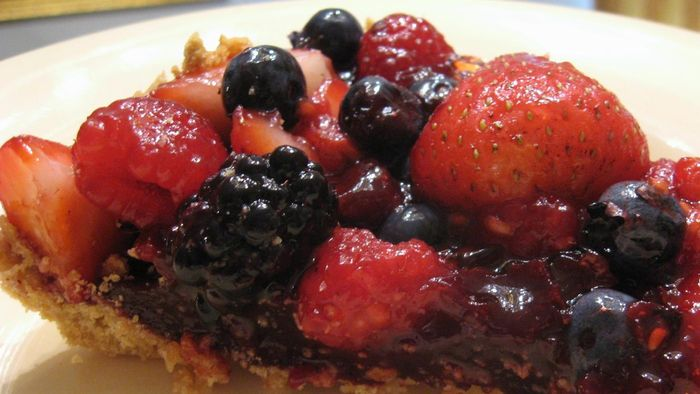 What are some good mixed berry pie recipes?