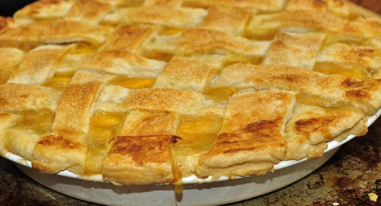 What Are Some Simple Peach Pie Recipes?