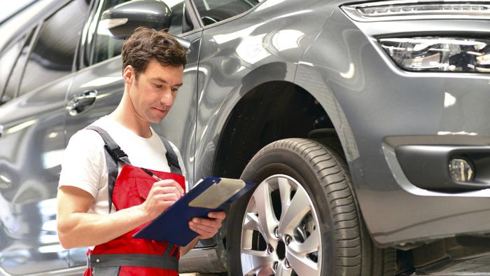 What Are Some Auto Mechanic Certification Tests?