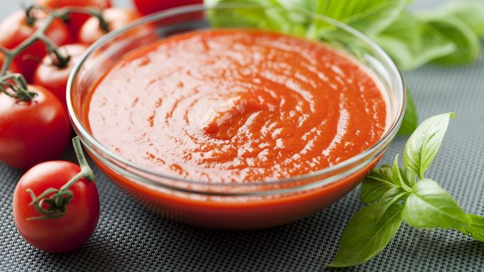 What Is a Good Basic Tomato Sauce Recipe?