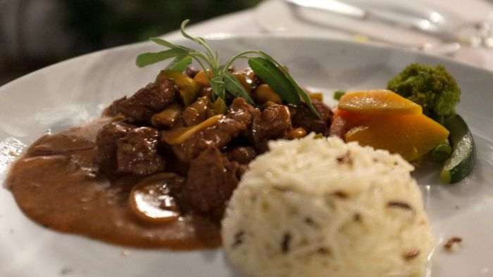 Where Can You Find Rachael Ray's Recipe for Beef Stroganoff?