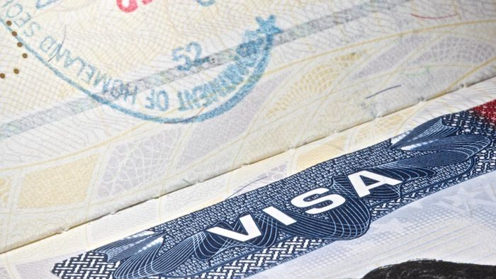 What Is a Non-Immigrant Visa Application?