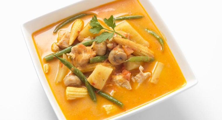 What Is an Easy Recipe for Curry Chicken?