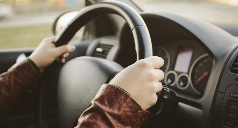 How Do You Take a DMV Driving Test in Spanish?
