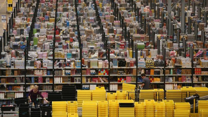 What Is a Warehouse Sale?
