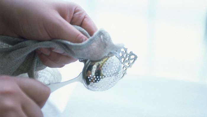 How Do You Clean Silver With Baking Soda?