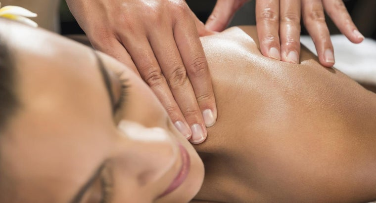 How Do You Find a Company That Offers at-Home Massage Sessions?