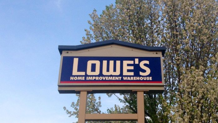 What Are Some Building Materials Sold at Lowe's?
