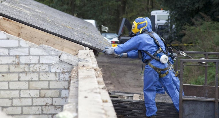 What Are Some Symptoms of Asbestos-Related Illnesses?