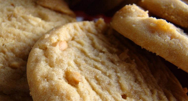 What Is an Easy Recipe for Peanut Butter Cookies?