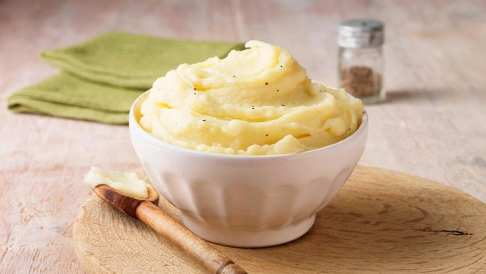 What Are Some Common Recipes Using Instant Mashed Potatoes?