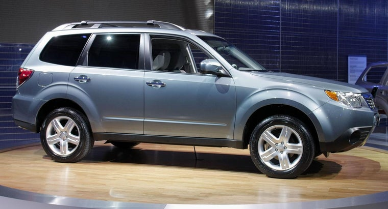 What Are Some Highly-Rated Small SUVs According to Experts?